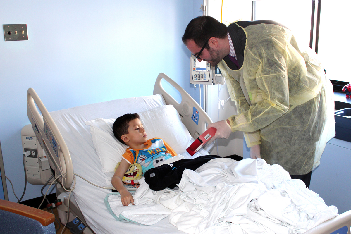 Nintendo 3DS for young patient
